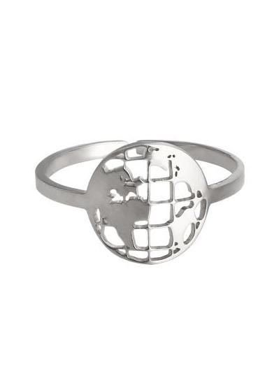 Zilveren verstelbare ring met aardbol
