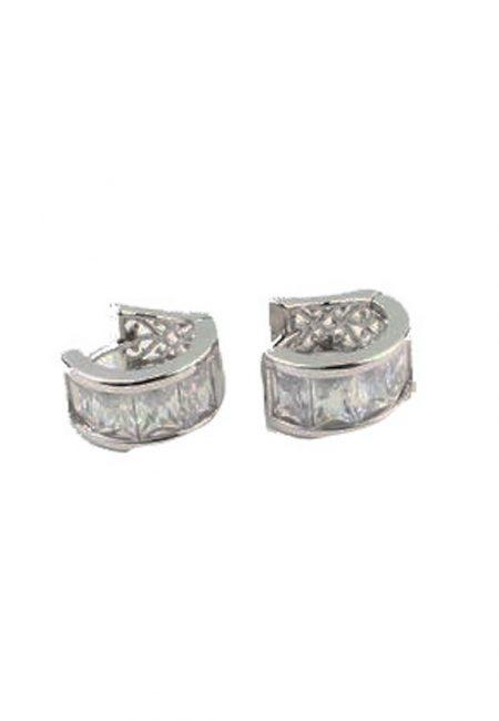 Zilverkleurige oorbellen met stras steentje