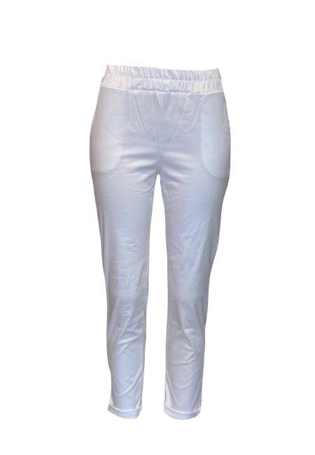 Sportief wit katoenen broekje