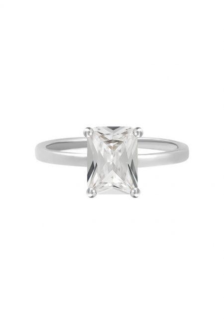 Zilverkleurige ring met steentje