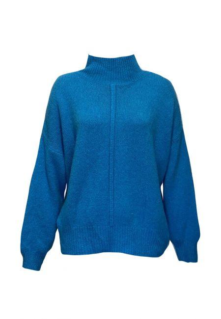Blauwe trui met hoge hals