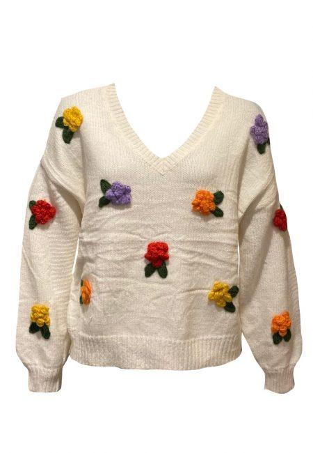 Off white trui met gehaakte bloemen